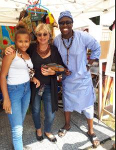 Unsere Tochter Mara, ich und unser Freund aus dem Senegal