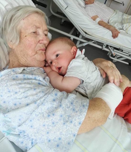 Mutter-Gertrud-Müller-Enkel